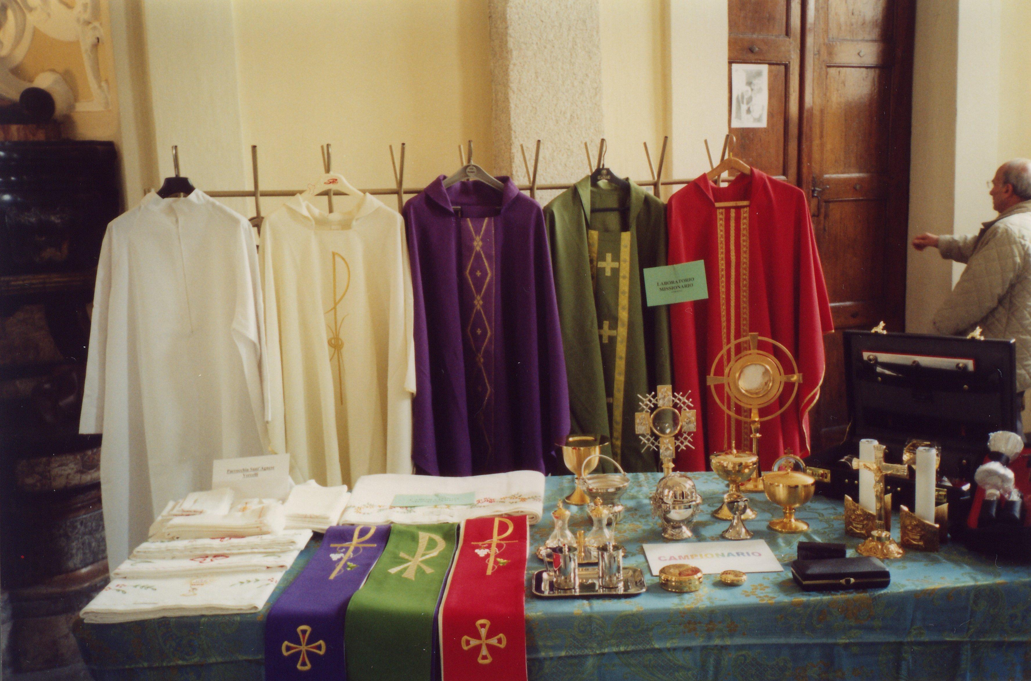 arredi liturgici per i missionari